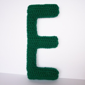 New free crochet pattern for Capital E