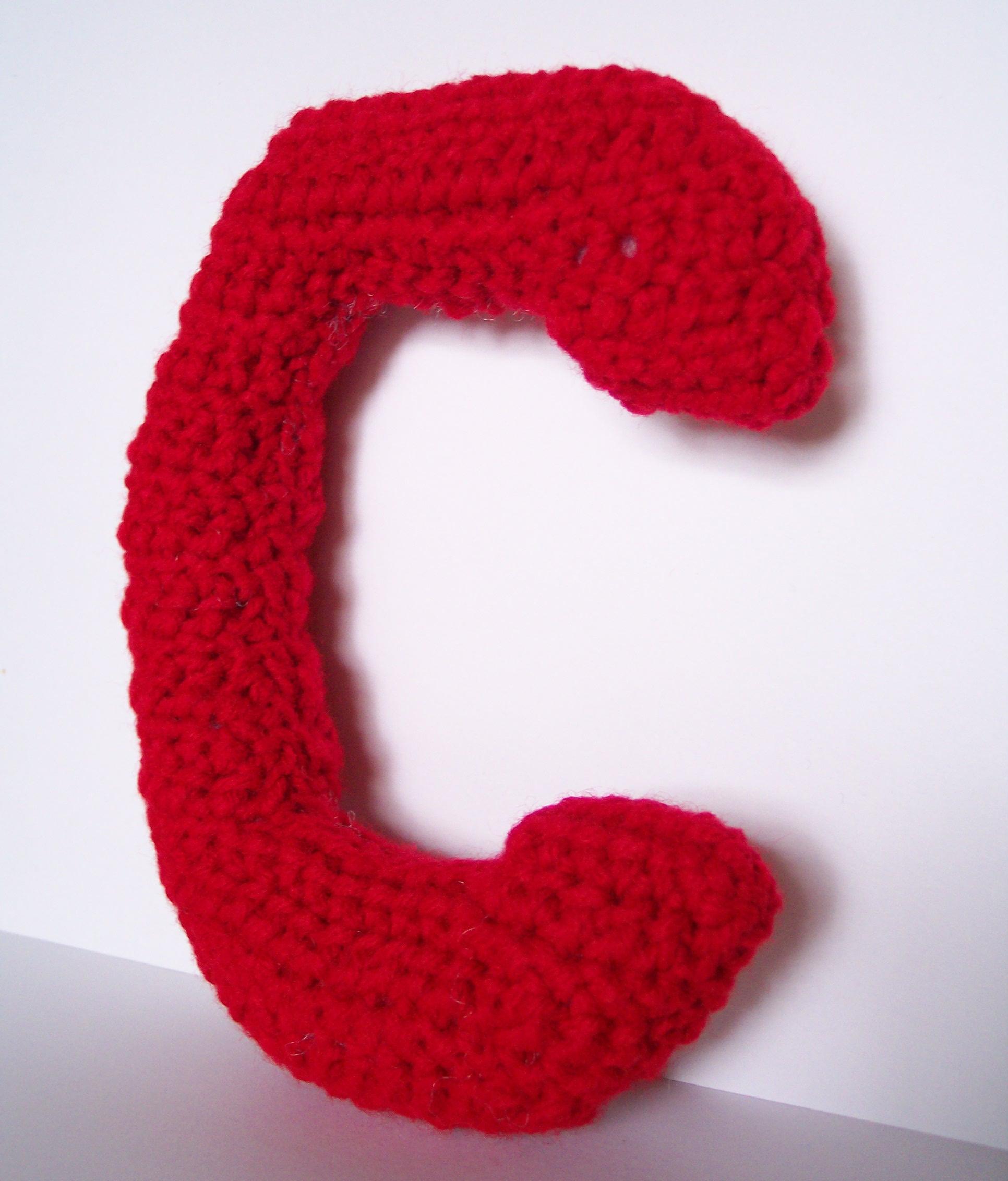 Lowercase C Alphabet Letter Crochet Pattern | Laura\'s Left Hook