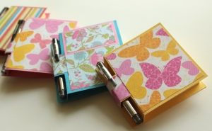 post it note holders with pen